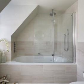 шторка для ванной комнаты из стекла варианты оформления