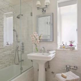 шторка для ванной комнаты из стекла виды идеи