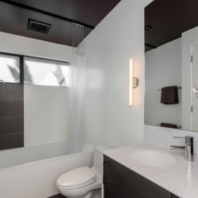 как выбрать шторы для ванной интерьер идеи