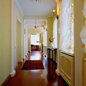 шторы в прихожей в частном доме дизайн фото