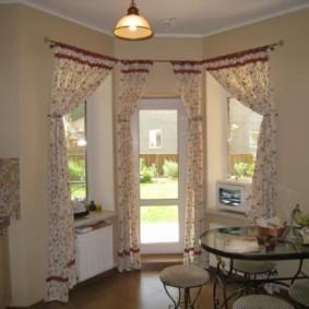 шторы в прихожей в частном доме идеи декора