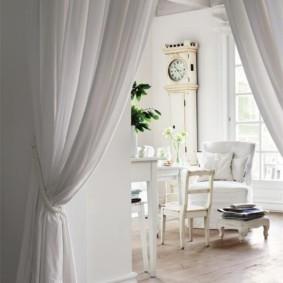 шторы в прихожей в частном доме идеи интерьер