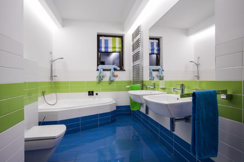 Синий пол из керамической плитки