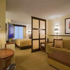 спальня гостиная 17 кв м декор фото