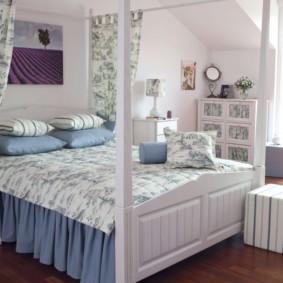 спальня на мансарде варианты фото
