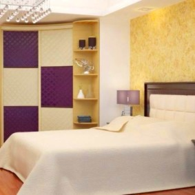 спальня с угловым шкафом купе дизайн фото