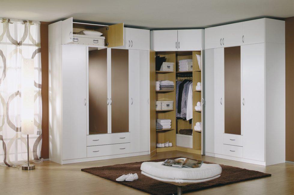 спальня с угловым шкафом купе дизайн идеи