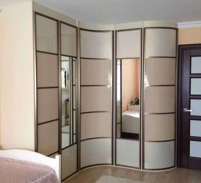 спальня с угловым шкафом купе идеи оформления