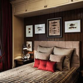 шкафы над кроватью в спальне декор