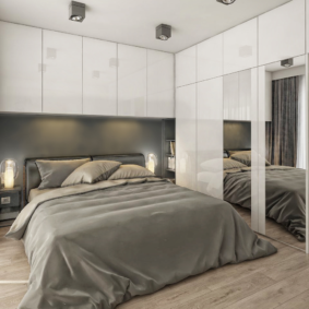 шкафы над кроватью в спальне идеи фото