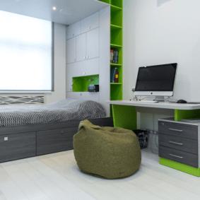 шкафы над кроватью в спальне идеи интерьера