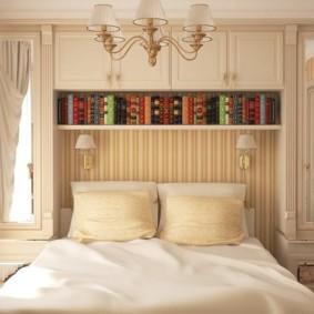 шкафы над кроватью в спальне варианты идеи