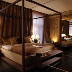 спальня в коричневых тонах интерьер