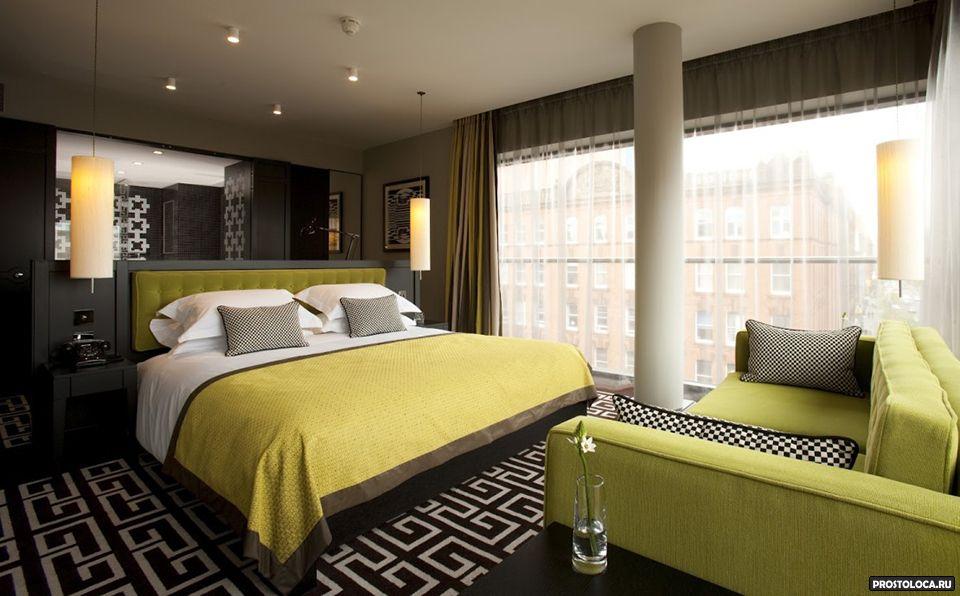 спальня в коричневых и зеленых тонах