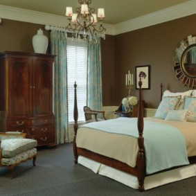 спальня в коричневых тонах декор