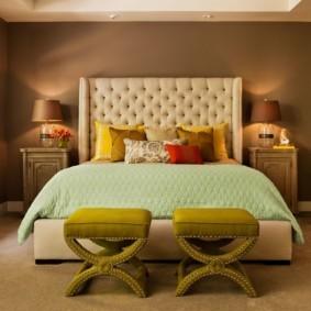 спальня в коричневых тонах фото декора