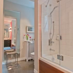 раздвижные шторки для ванной идеи декора