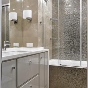 раздвижные шторки для ванной интерьер идеи