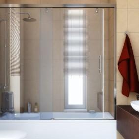 раздвижные шторки для ванной оформление