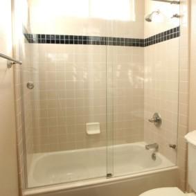 раздвижные шторки для ванной виды идеи