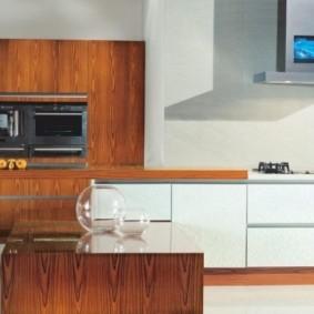 телевизор на кухне декор идеи
