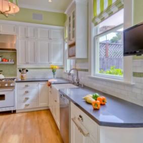 телевизор на кухне фото оформления