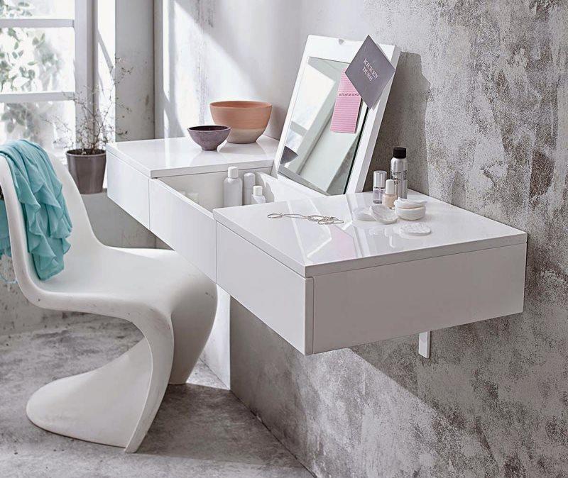 Туалетный столик для спальни в стиле минимализма