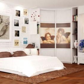 угловой шкаф купе в спальню фото интерьера