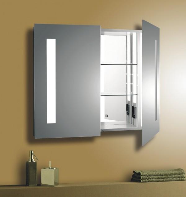 зеркальный шкаф в ванной коммнате