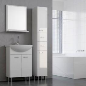 зеркальный шкаф в ванную фото декор
