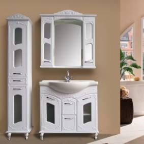 зеркальный шкаф в ванную идеи декора