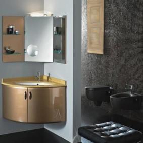 зеркальный шкаф в ванную интерьер