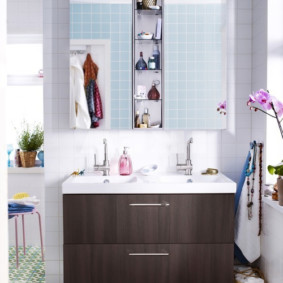 зеркальный шкаф в ванную варианты