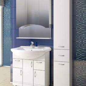 зеркальный шкаф в ванную виды