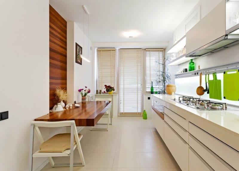 Зонирование узкой кухни панелями МДФ