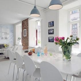 дизайн кухни столовой в студии
