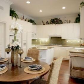 п-образный дизайн кухни столовой