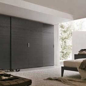 встроенный шкаф купе в спальне фото