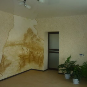 жидкие обои в коридоре и гостиной