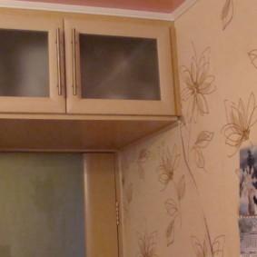 антресоли в коридоре фото оформления