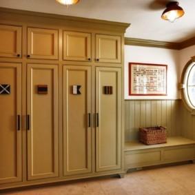 антресоли в коридоре фото варианты