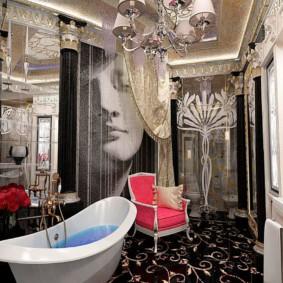 Красное кресло в ванной стиля арт деко