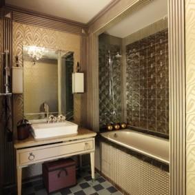 Раковина на деревянной тумбе в ванной комнате