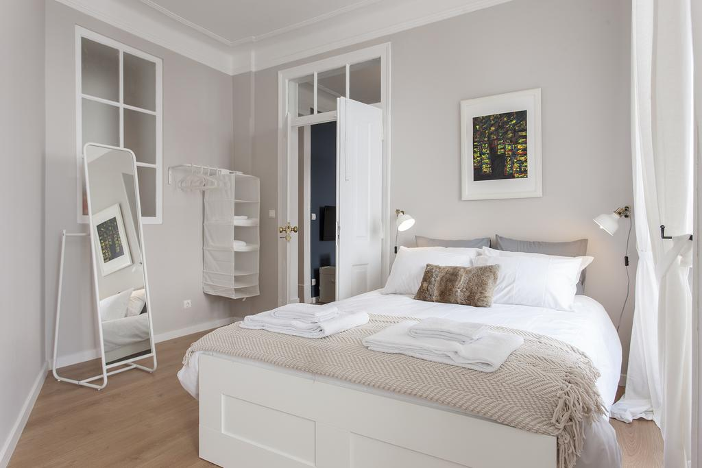 белая спальня фото виды