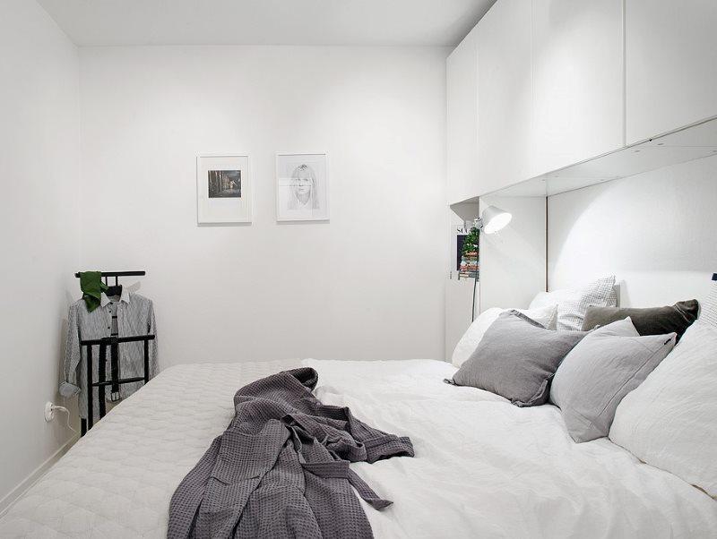 Интерьер спальне без окна в стиле минимализма