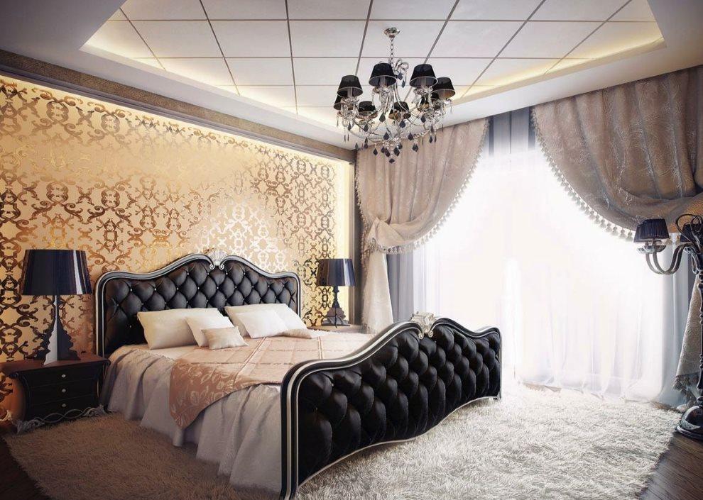 Черная обивка спинок кровати