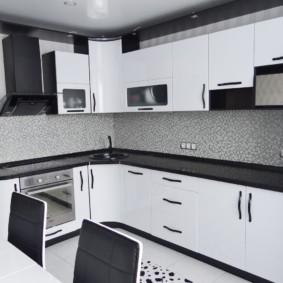 черно белая квартира декор