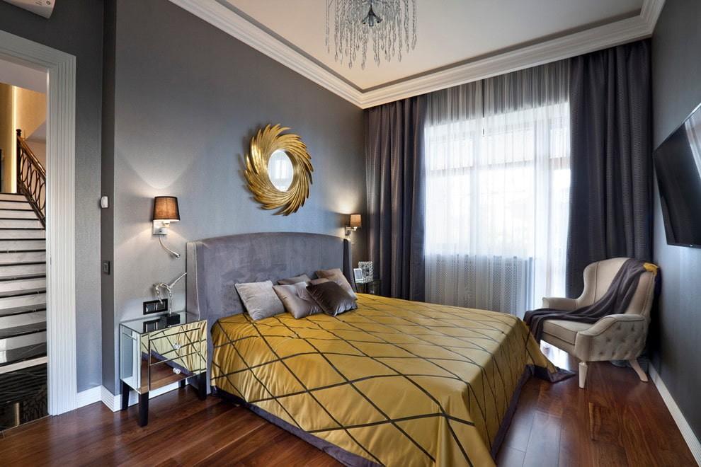 Черные шторы из плотного материала в спальне