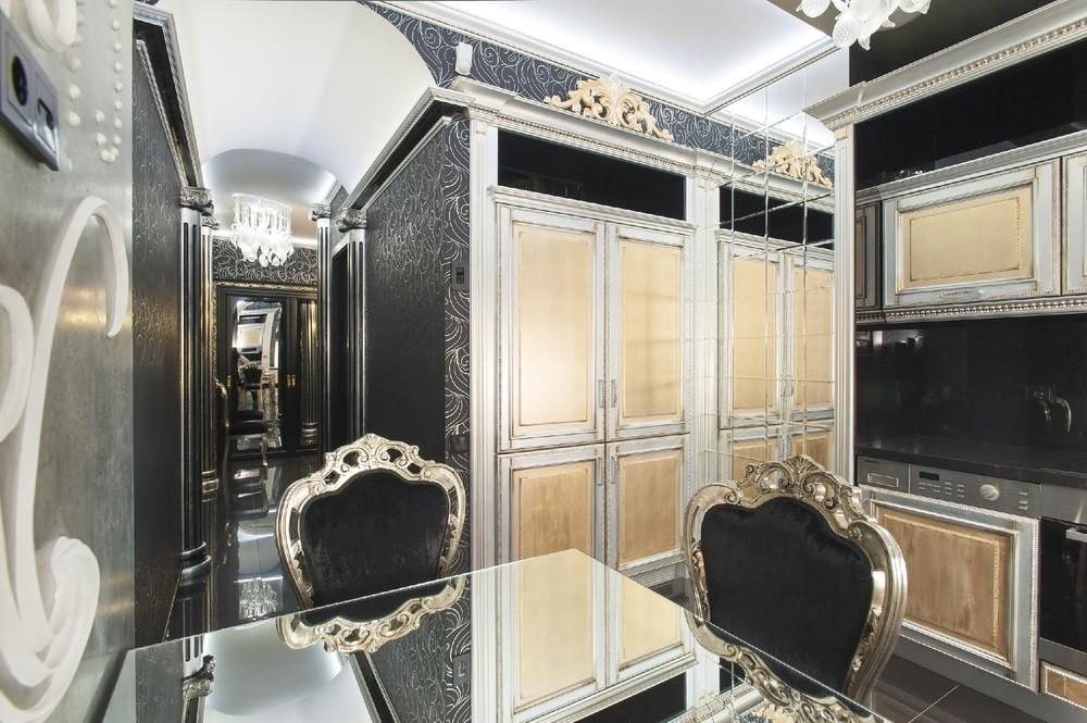 Деревянные спинки кухонных стульев с покрытием под серебро