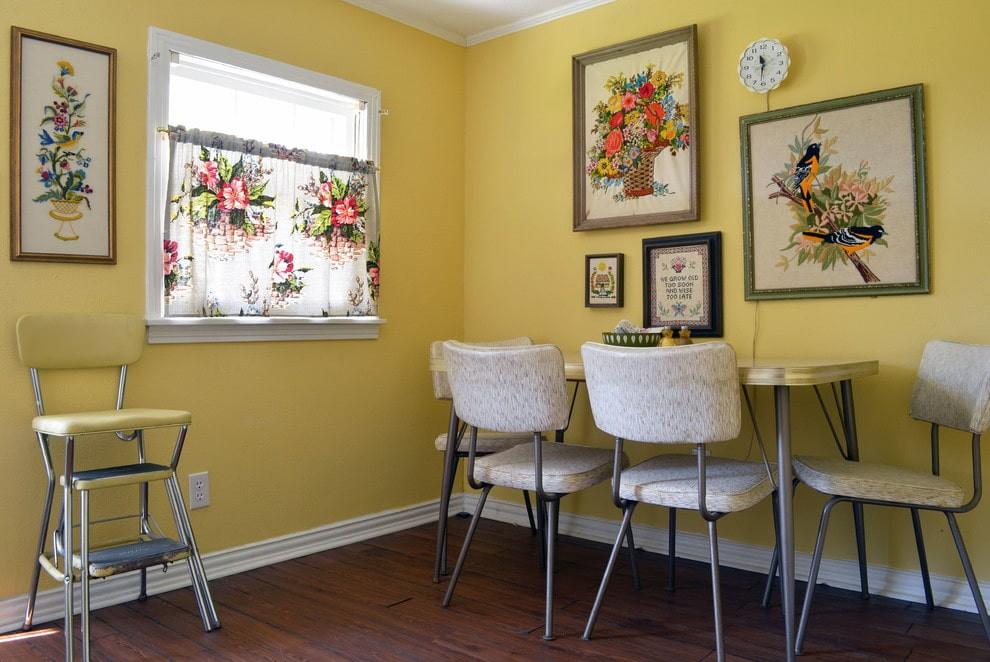 декор стен на кухне картины